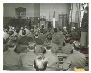 1942 chaplain school