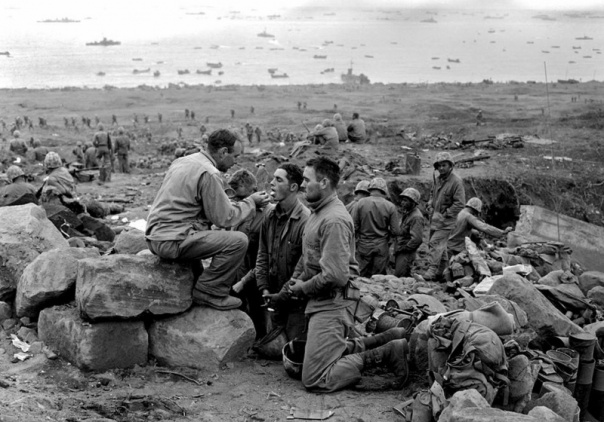 WW2 chaplain on Iwo Jima