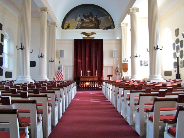 Chapel-Interior_of_Old_Cadet_Chapel,_West_Point,_NY_Apr_2010