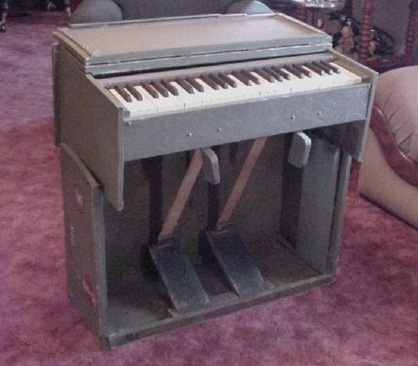 WW2 Field Organ