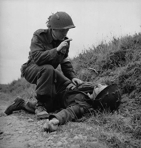 WW2-canadain-chaplain-robert-seaborn