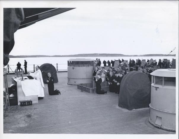 USS Iowa 1944