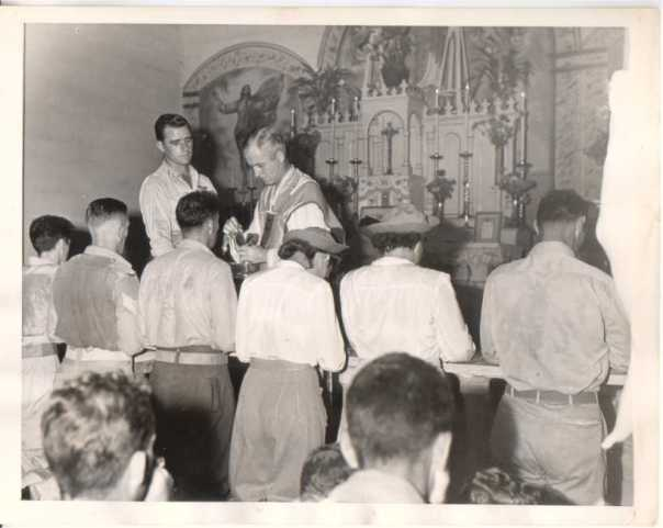 EasterCommunionMass19Apr44