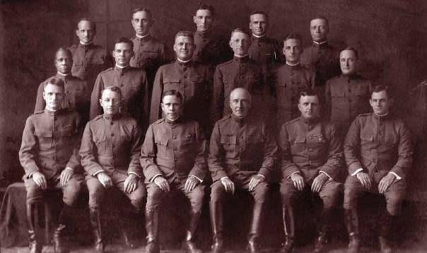 Army-Chap-Sch-Graduates-Camp-Grant-1920